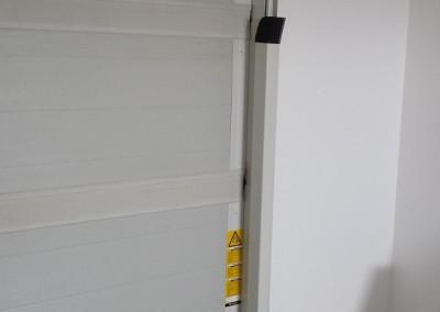 pionowe-osłony-prowadnic-bramy-PRIMR