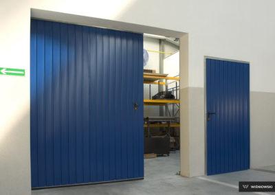 bramy-przemyslowe-podwieszane-4